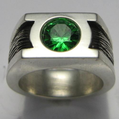 green lantern comic book hero ring