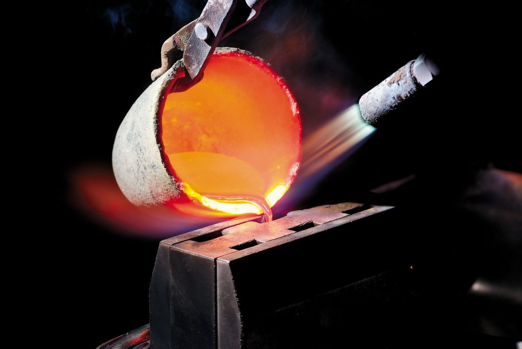 molten metal crucible