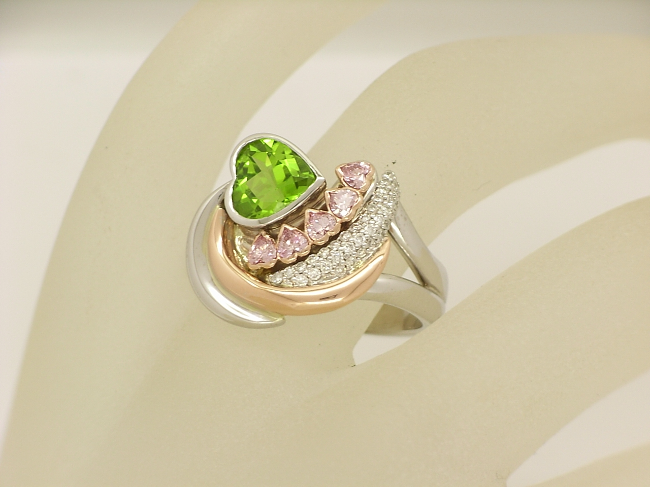 peridot pink diamond custom made ring rose & white gold