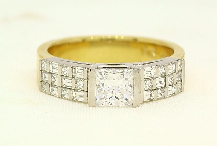 R10516 Platinum Ring