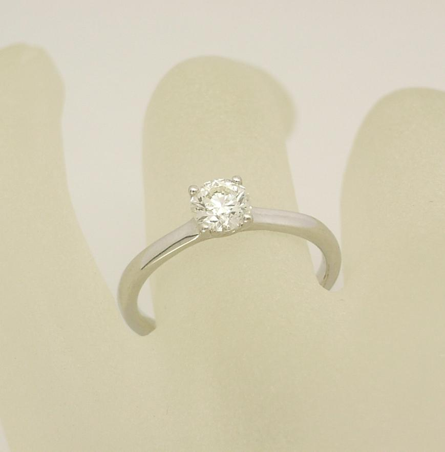 R10884 Engagement Ring