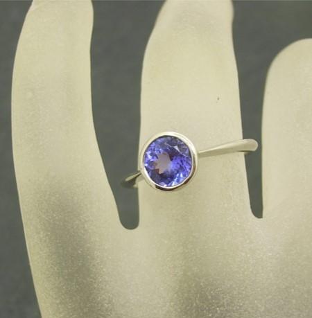 R11028 Tanzanite Ring