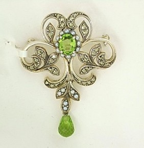 Brooches & Pendants