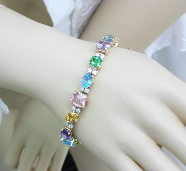 mulyt-gem-bracelet