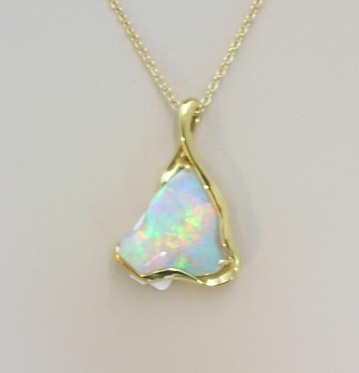 i13399 opal pendant
