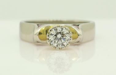 diamond ring fluted bezel