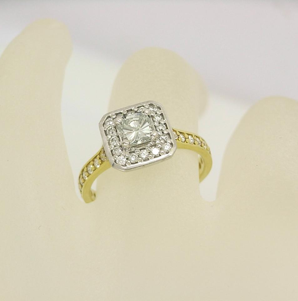 R11117 Princess Halo Ring
