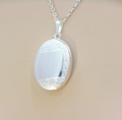 G30092 - Sterling silver oval locket