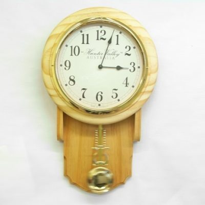 Medium Sized Pendulum Clock