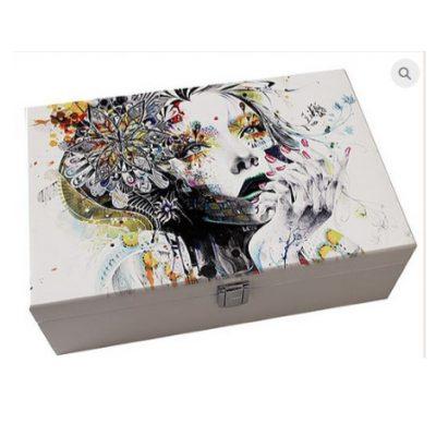White Art Style Jewel Box
