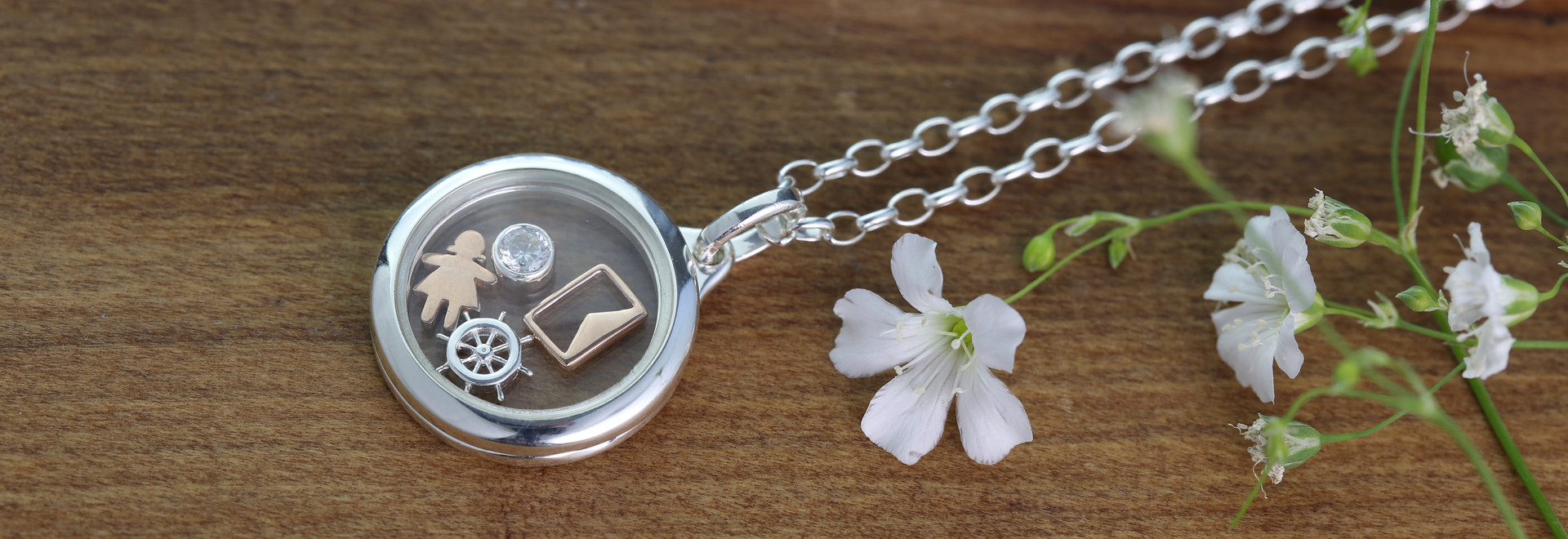 storage charm locket