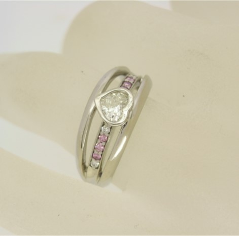A14767 Heart Ring
