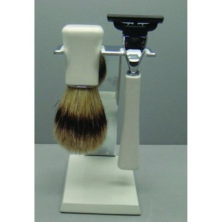 G32643 Razor and Brush