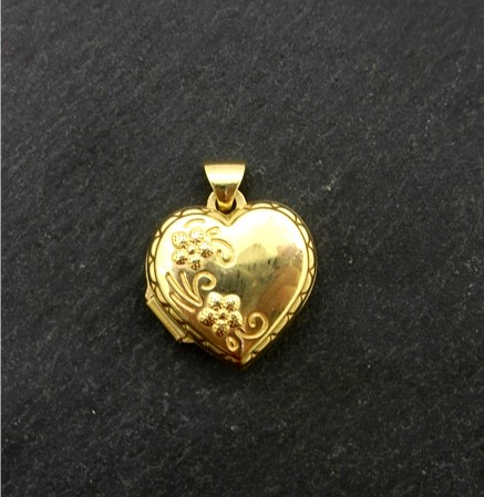 G33409 Heart Locket