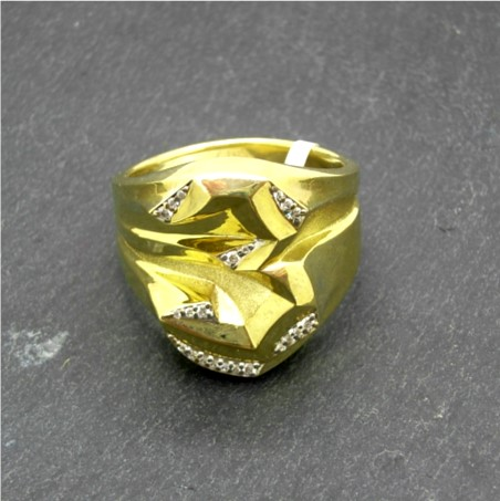 G32736 Number 3 Ring