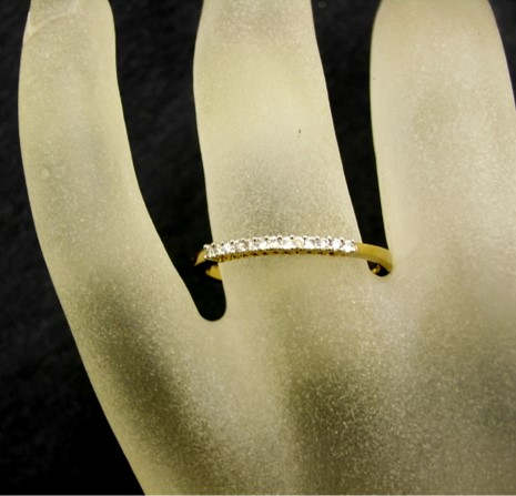 R11438 Diamond Set Ring