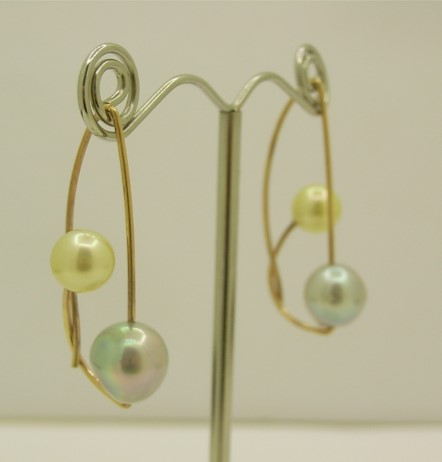 G33637 Handmade Pearl Earrings