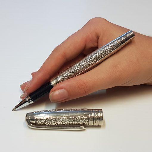 Curtis Harvest Pen