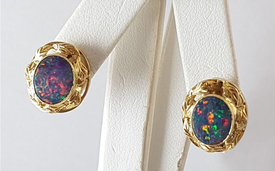 G34383 Opal Doublet Earrings