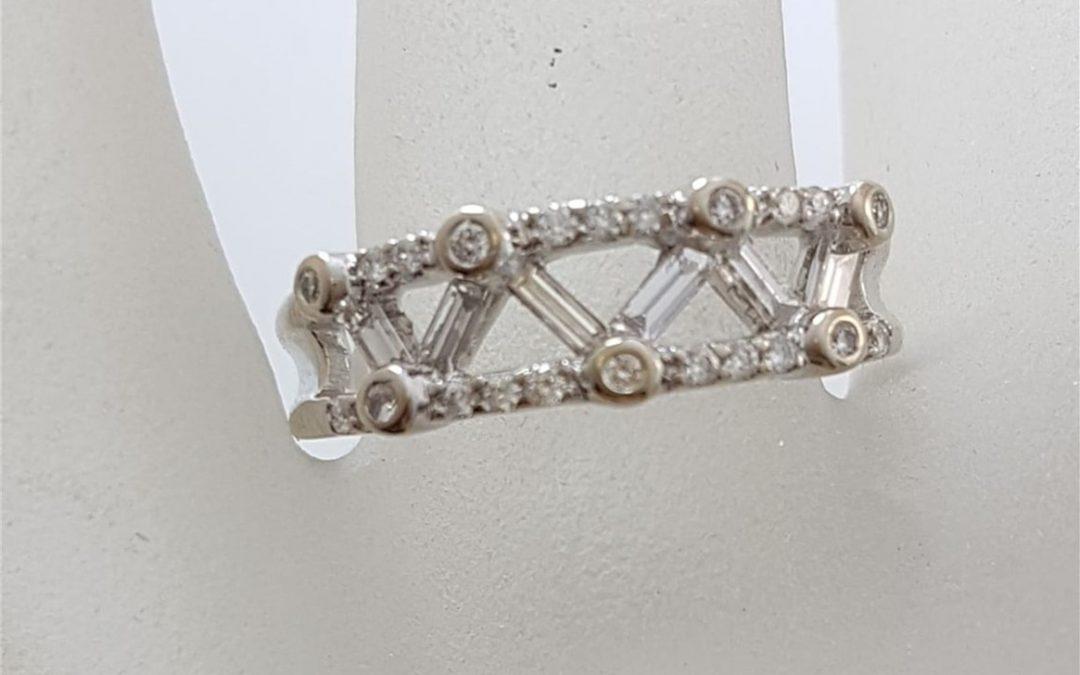 R11574 Diamond Dress Ring