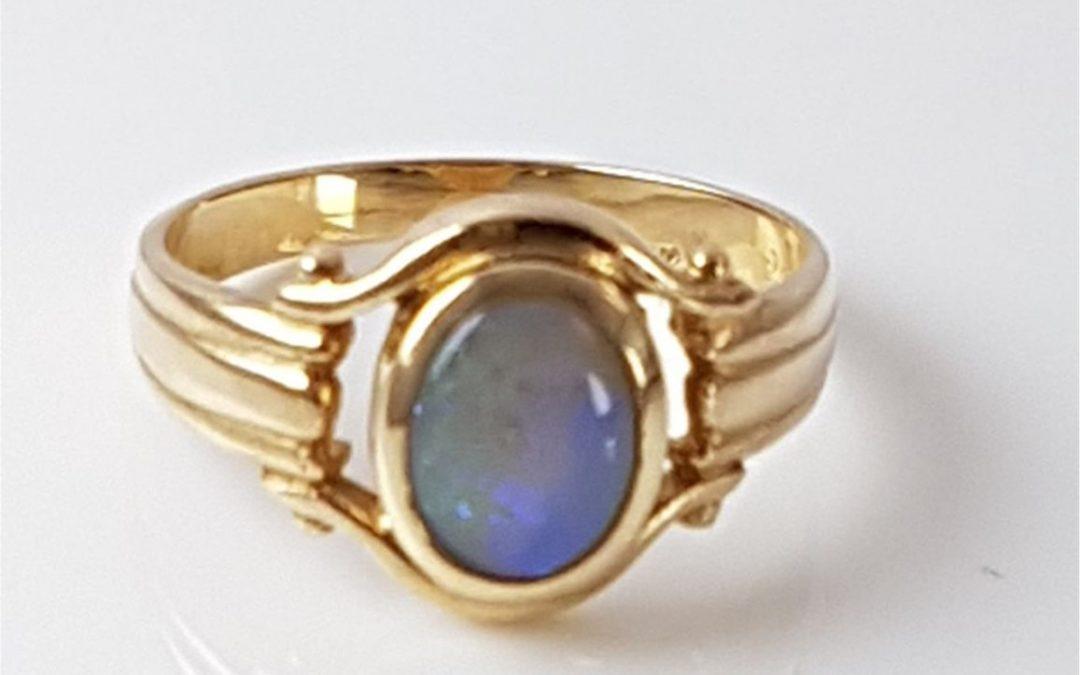 A15239 Opal Ring