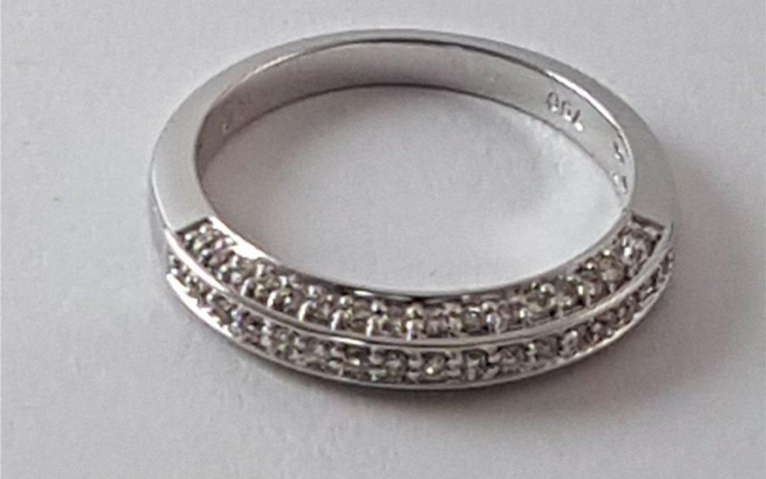 R11593 Diamond Ring
