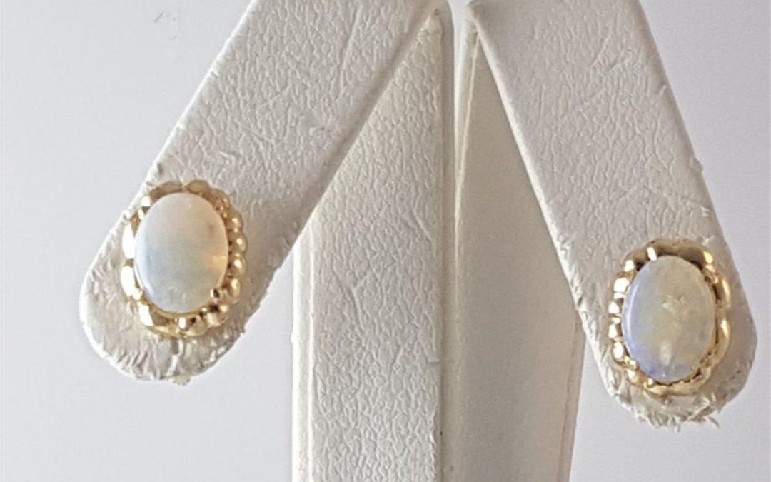 A15148 Opal Stud Earrings